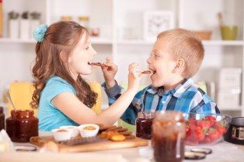 Дружба детей в семье